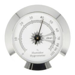 Vlhkoměr Angelo, 50mm-Standardní vlhkoměr Angelo do humidoru. Vlhkoměr je vhodný do středních nebo větších humidorů. Kulatý vlhkoměr s lesklým chromovým povrchem se uchytí vložením do otvoru v humidoru. Vnější průměr: 50 mm Vnitřní průměr: 46 mm