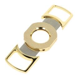 Doutníkový ořezávač Faro zlatý, 25mm-Dvoubřitý doutníkový ořezávač Faro. Celokovový ořezávač na doutníky ve zlatém lesklém provedení. Ostré ocelové břity zajistí rychlý a čistý ořez vašeho doutníku. Max. průměr otvoru pro doutník 2,5cm. Ořezávač je dodávaný v dárkové krabičce. Rozměry: 10,2x4,4x0,9cm.