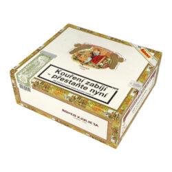 Doutníky Romeo y Julieta Churchills Tubos A/T, 25ks-Kubánské doutníky Romeo y Julieta Churchills Tubos A/T. Oblíbené doutníky ve formátu Churchill s velmi příjemnou nasládlou chutí. Typické pro tyto doutníky jsou ovocné chutě kombinované s tóny ořechů, dřeva a příjemné vůně čerstvě pražené kávy. Doba hoření je cca 60-90 minut. Doutníky Romeo y Julieta Churchills Tubos jsou balené po 25 ks v hliníkovém tubusu a originální dřevěné krabici. Prodávají se pouze po celém balení.  Délka: 178 mm Průměr: 20,6 mm Velikost prstýnku: 48 Tvar/velikost doutníku: Churchill Typ doutníku dle skladování: doutník vlhký  Původ doutníku: Kuba Krycí list: Kuba Natural Vázací list: Kuba Natural (Vuelta Abajo) Náplň: Kuba Natural (Vuelta Abajo) Síla tabáku: medium