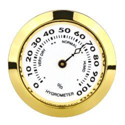 Vlhkoměr Angelo, 37mm-Standardní vlhkoměr Angelo do humidoru. Vhodný do menších humidorů. Barva zlatá. Vhodný pro humidory 82027, 82055, 92016, 92017. Vnější průměr: 37 mm Vnitřní průměr: 33 mm