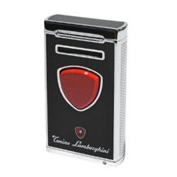 Doutníkový zapalovač Lamborghini Pergusa, černý-Luxusní doutníkový zapalovač Tonino Lamborghini Pergusa. Kvalitně zpracovaný tryskový zapalovač na zapalování doutníků obsahuje na spodní straně integrovaný vyštípávač, nastavení intenzity plamene a ventil pro plnění zapalovače. Na zadní straně najdete okénko, kde je možné vidět hladinu plynu v zapalovači. Doutníkový zapalovač je dodáván v kožené krabičce vyložené jemným sametem. Výška 7cm.