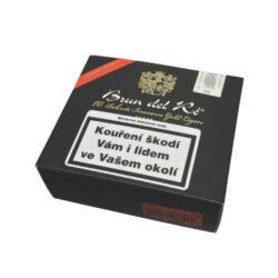 Doutníky Brun del Ré Robusto Immenso 60x4, 10ks-Kostarické doutníky Brun del Ré Robusto Immenso. Oblíbené doutníky Brun del Ré jsou specifické svojí zcela jinou vůní, než mají doutníky od jiných výrobců. Za tuto atypickou vůni může kvalitní tabák z Indonésie. Brun del Ré jsou doutníky dřevitých chutí s tóny pepře, kávy a karamelu. Doutníky jsou baleny po 10 kusech. Délka 100mm, průměr 22mm. Odběr po celém balení.  Krycí list: Ekvádor Vázací list: Indonésie Náplň: Costa Rica, Nicaragua