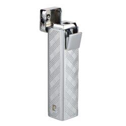 Zapalovač Pierre Cardin Rouen, chromový-Kovový zapalovač Pierre Cardin. Zapalovač je plnitelný. Výška zapalovače 7,5cm.