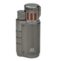 Doutníkový zapalovač Winjet Escape, šedý-Doutníkový zapalovač. Tryskový zapalovač na doutníky má integrovaný vyštípávač. Zapalovač je plnitelný. Doutníkový zapalovač je dodáván v dárkové krabičce. Výška zapalovače 7cm.