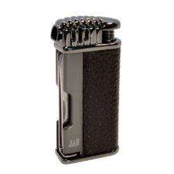 Dýmkový zapalovač Winjet Tool, stříbrný-Dýmkový zapalovač. Integrováno dusátko a lžička na čištění dýmky. Dýmkový zapalovač je plnitelný. Výška zapalovače 6,8cm.