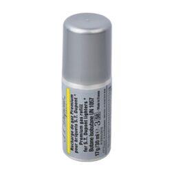 Plyn do zapalovače S.T. DuPont, žlutý-Prémiový plyn do zapalovače S.T. DuPont. Tento plyn je určen pro zapalovače S.T. DuPont řady Ligne 1 small, Ligne 2. Plnicí hrot je plastový. Z jednoho balení plynu S.T. DuPont naplníte zapalovač 3 - 8krát dle typu. Balení 30ml.  Rozměry: Plnící hrot - vnější průměr/vnitřní průměr/vnější průměr se závitem: 4mm/1,8mm/7mm Výška plynové náplně s víčkem: 100mm Výška bez víčka včetně plnícího hrotu: 90mm Průměr náplně: 35mm  Plnění zapalovače:  Zapalovač je nutné obrátit plnícím ventilem vzhůru a poté našroubovat plyn. Závit plynové náplně se protáčí, závit nedojde do konce, jen nepatrně ztuhne. Po našroubování je nutné zapalovač a plyn stisknout silou proti sobě a tím se zapalovač naplní.